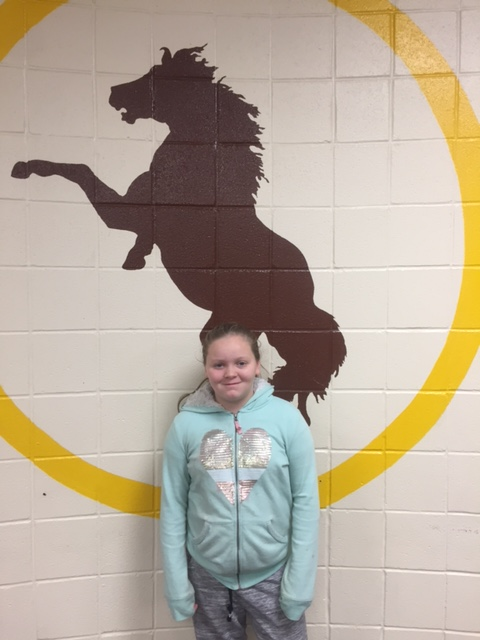Bronco Team Award Student of the Week-Hailey Mounts