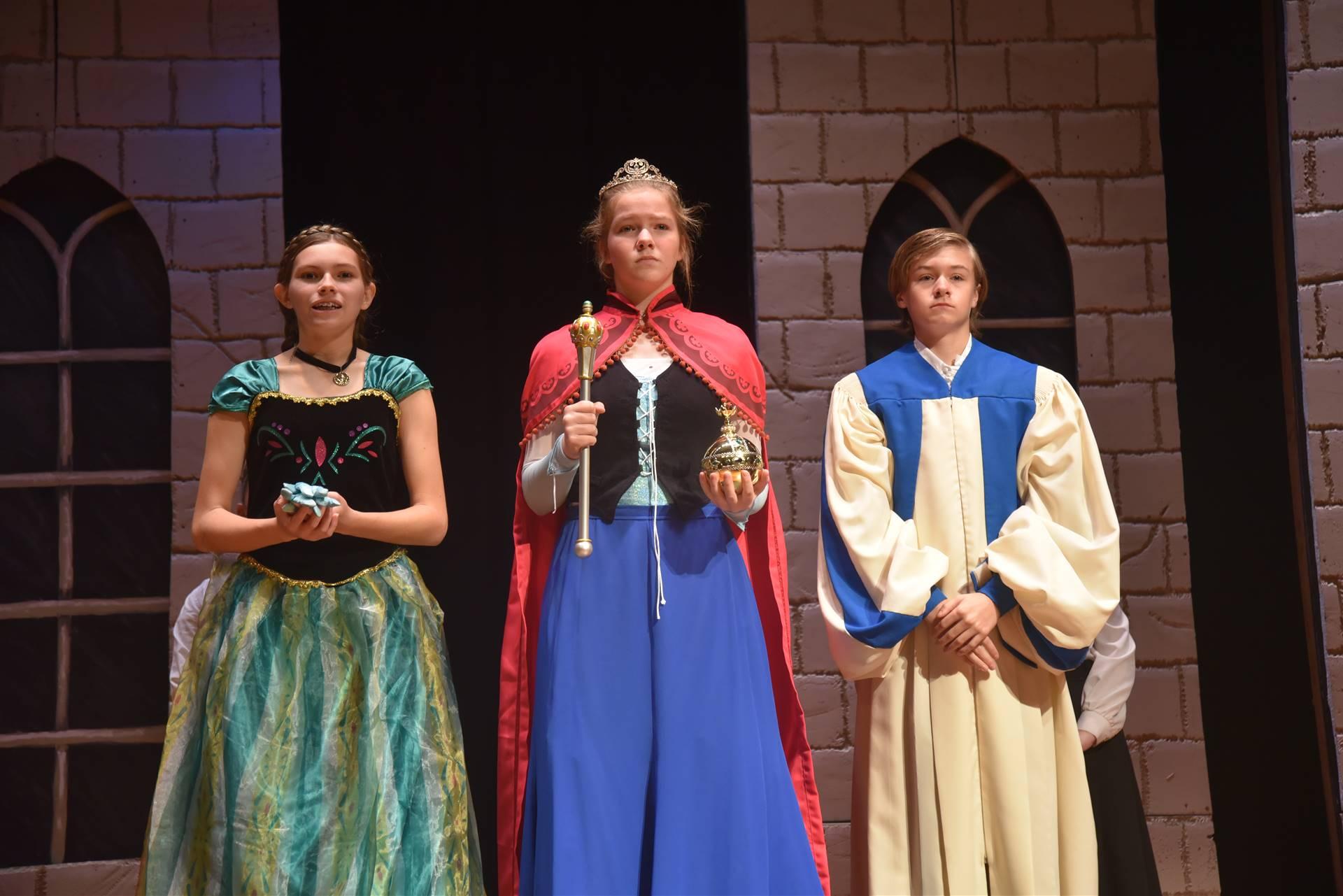 Elise becomes Queen